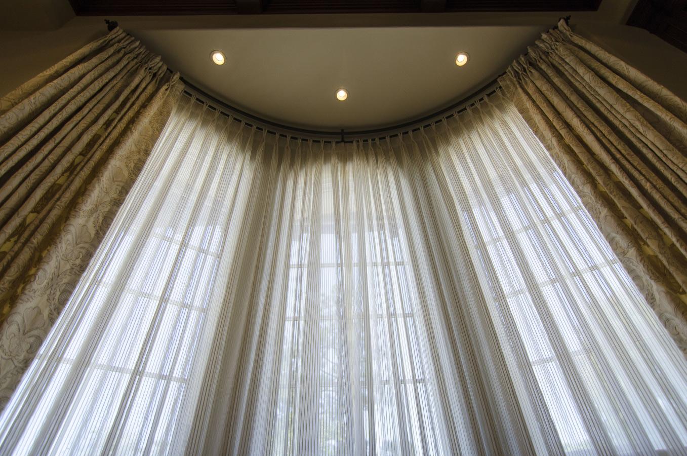 Cotton Vs Linen Curtains: Drapes Vs. Curtains